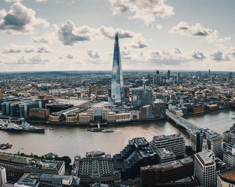 Should English Remain the International Language of Business?